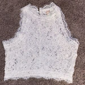 WHITE LACE AMAZING LACE CROP TOP